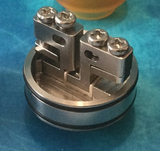 OBS Cheetah II Mini RDA the deck and juice well